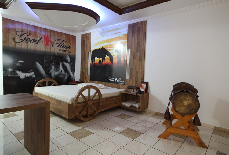 Motel Good Time - Suíte Country